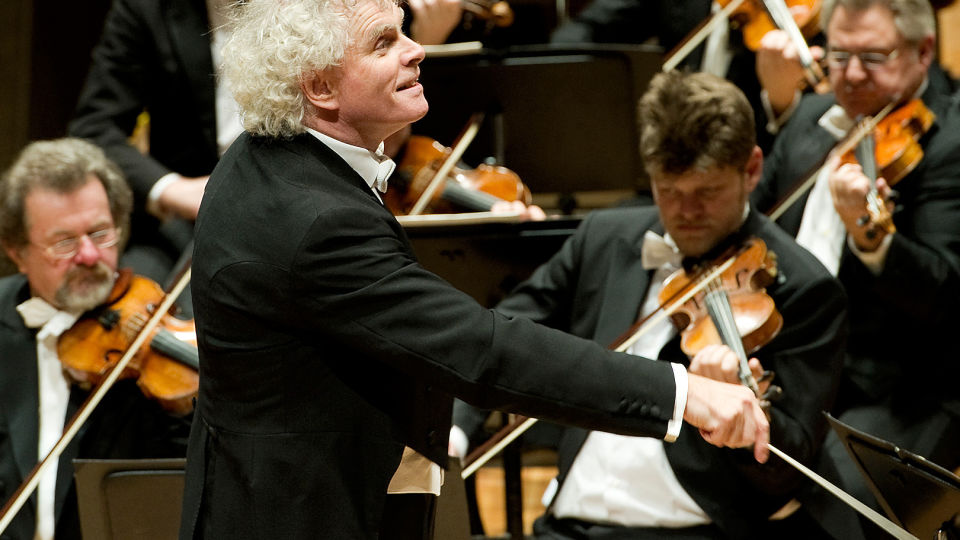 Simon Rattle dirigiert »Le Sacre du printemps«