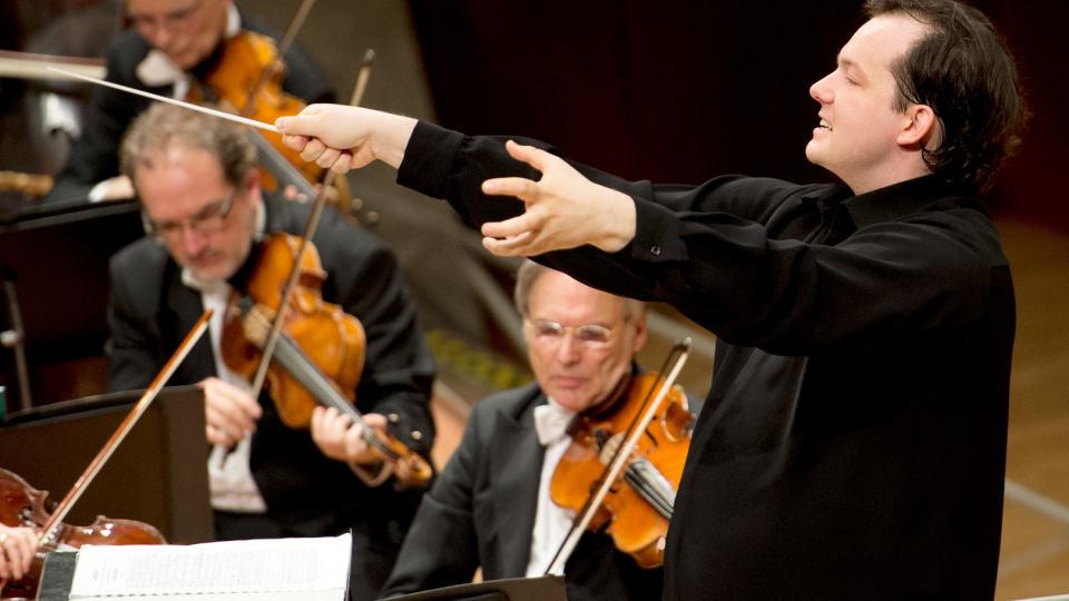 Andris Nelsons dirigiert Brahms und eine Premiere