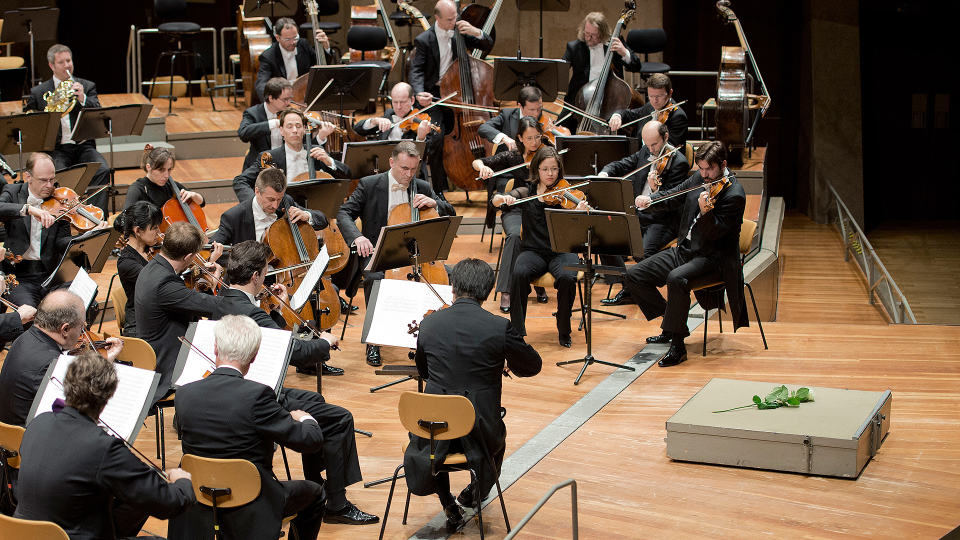 Sir Simon Rattle and Frank Peter Zimmermann with Mozart and Bruckner