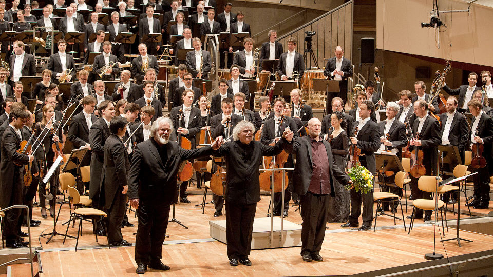 Simon Rattle dirigiert »A Child of Our Time«