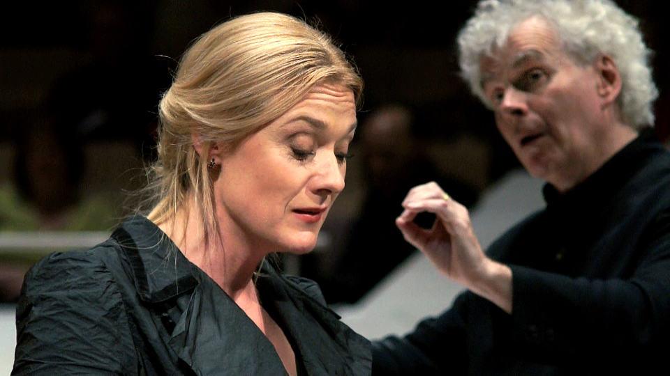Sir Simon Rattle und die Orchester-Akademie interpretieren Mahlers »Lied von der Erde«