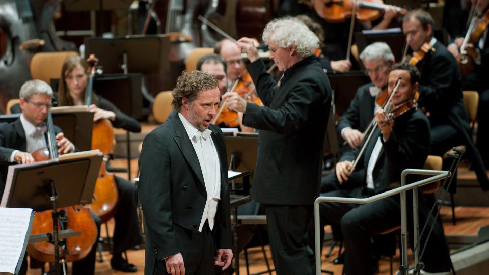 Simon Rattle dirigiert Lutosławski, Mahler und Janáček